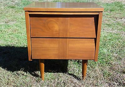 Vintage Mid Century Modern Ward Walnut Nightstand End Table Chest of Drawers