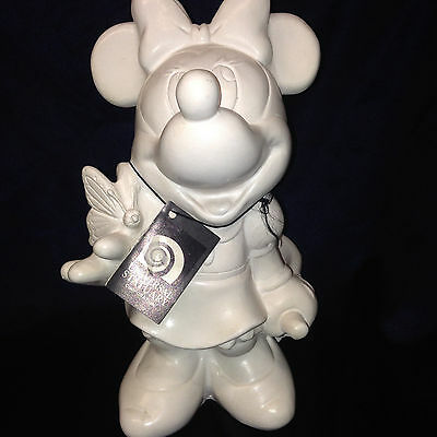 Disney 1997 Minnie Mouse  Butterfly White Resin #826 Planter Universal Statuary
