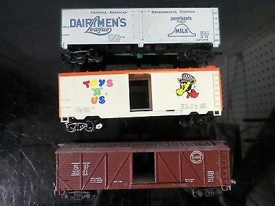 Lot Of 3 Ho Assorted Box/freight Train Cars