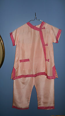Vintage Little Girls Asian Silk Pajamas Size 4 Still has original Tags and pins