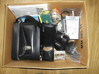 Large job lot of vintage 35mm cameras and photography items