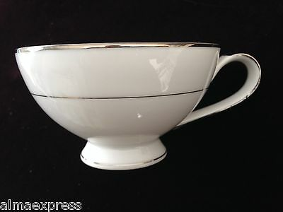 Mikasa Fine China Celebrity Japan Pattern 5428 White w/ Platinum Trim TEA CUP