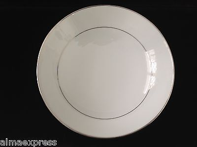 "Mikasa Fine China Celebrity Japan Pattern 5428 White w/ Platinum 9"" SERVING BOWL"