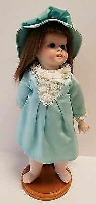 RARE HTF Vintage 1977 Dolls by Jerri McCloud Porcelain Bisque Doll with Stand