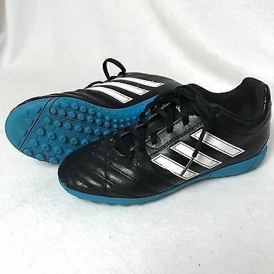 ADIDAS Soccer Football Traxion Shoes Size 2.5 Youth Boys Girls Unisex sneaker