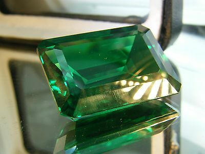 20 CTS  LAB CREATED GREEN EMERALD COLOR OCTAGON 14x19MM