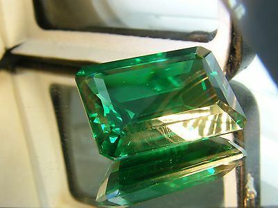 16 CTS  LAB CREATED GREEN EMERALD COLOR OCTAGON 14x18 MM