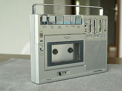 VERY NICE Sanyo M-A5LL Standard Cassette Tape Recorder Player Portable Vintage