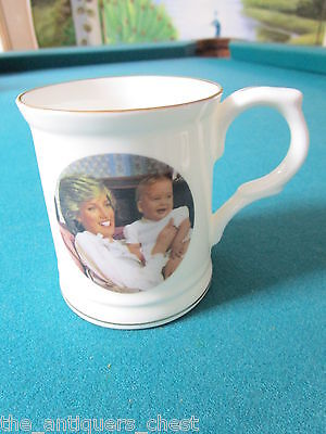 Prince Williams of Wales, H.R.H mug made in England for  his 1st birthday[*99]