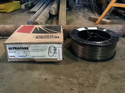 """Lincoln Electric Ultracore FC 316L Stainless Steel MIG Welding Wire 1.16"""""""