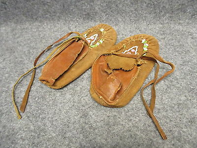 Vintage Iroquois Glass Beaded Leather Children's Mocassins Pair