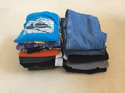 LOT OF BOYS FALL/WINTER CLOTHING 16 PIECES  SIZE 10/12   Nike, Gap,...