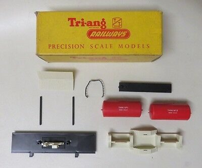 Triang T.36 Tt Gauge Diesel Refuelling Unit (Boxed And Complete)