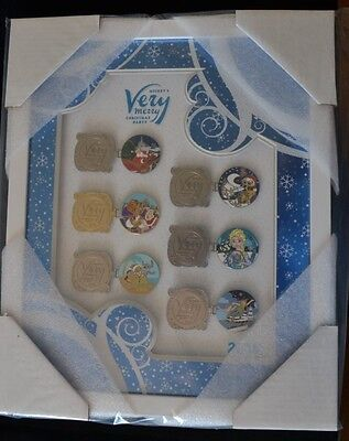 2016 Disney World Mickey's Very Merry Christmas Framed Complete Pin Set of 6!