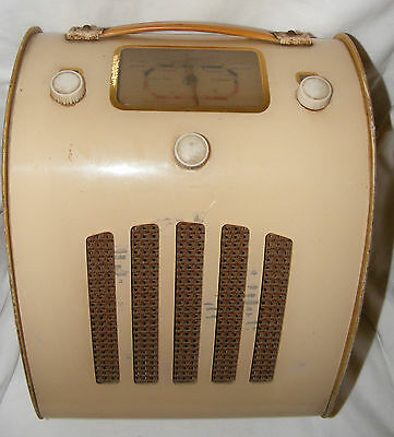 Vintage 1940's Ever Ready Model C Portable Tube Valve Radio Battery Operated