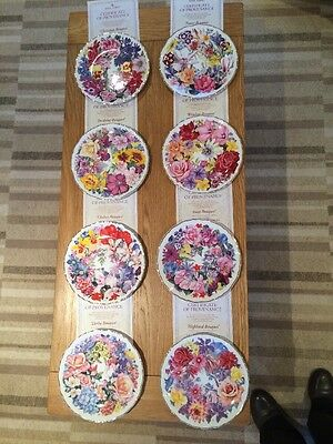 Royal Albert A Bouquet For The Queen Mother Full Set Of Decorative Plates