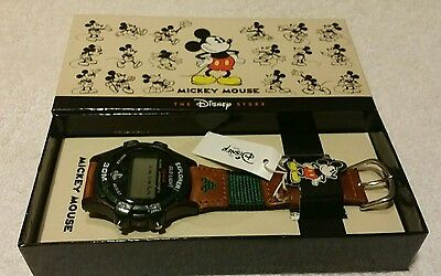 THE DISNEY STORE MICKEY MOUSE Watch Celebrating 75 Years LIMITED EDITION CUTE!