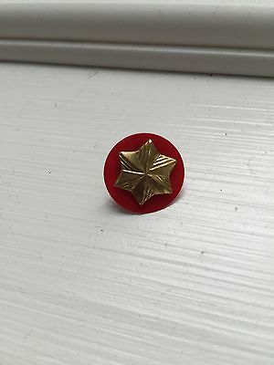 Girl Scout MEMBERSHIP STAR Pin Button RED Back Disc