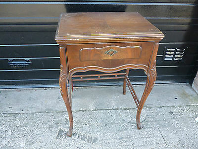 Antique 'Free Westinghouse' Sewing Machine Type E in Ornate Cabinet