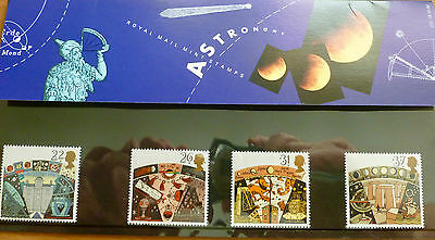 A Celebration of Christmas - Astronomy issued 16th October 1990 Pack No. 212
