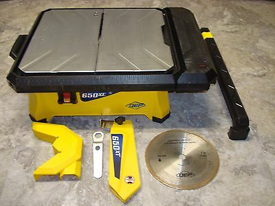 QEP 3/4 HP Wet Tile Saw with 7 in. Diamond Blade #10