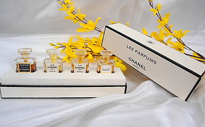 Very Rare  Vintage Box Of 4 Chanel Pure Parfums (Micro Mini 1.5Ml Bottles)