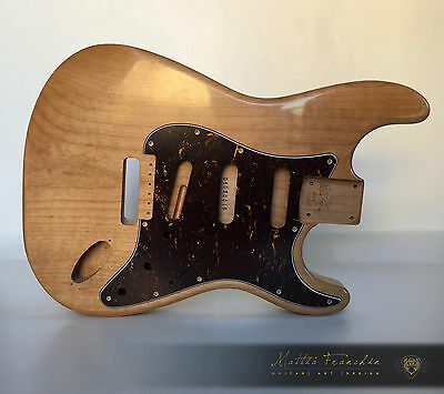 Fender Stratocaster style NATURAL Vintage nitro guitar body ONE PIECE relic