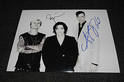 PLACEBO Brian Molko signed Autogramm auf 20x28 cm Foto InPerson LOOK