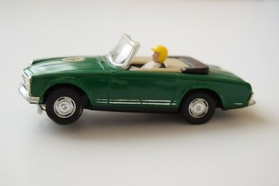 Scalextric Mercedes 250 SL ref C-32 Beautiful Green- SPECIAL OFFER AVAILABLE**
