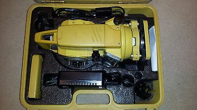 Topcon GTS 226 Total Station in good condition