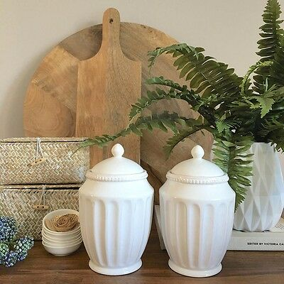 Set of 2 White Ceramic Canisters/Decorative Urns with Lids/Kitchen Storage Jars