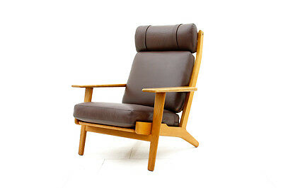Leather & Oak Lounge Chair GE 290 by Hans J. Wegner Getama Denmark1960`s