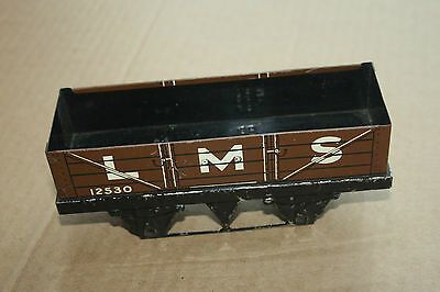 A beautiful  OLD TINPLATE TOY as  DESK or BOOKCASE ORNAMENT Hornby 'O' gauge ck