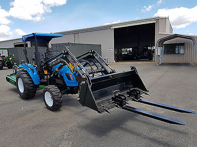 New 30hp Tractor 4WD, Front End Loader, 4in1 Bucket, 4ft Slasher &  Bale Spears!