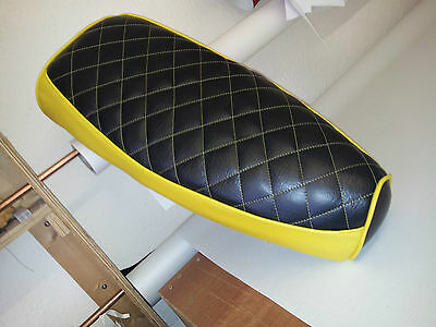 Vespa PX / LML Elasticated Seat Cover Diamond Padded 2 Colour