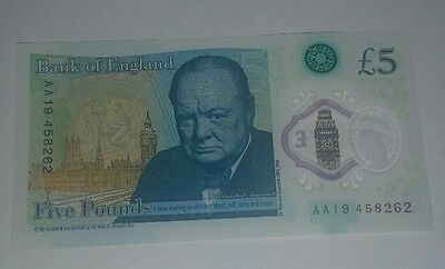 New 5 pound note AA19