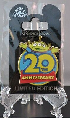 Toy Story 20th Anniversary Little Green Men Cast Member Exclusive Pin! LE 1500