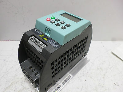 SIEMENS VARIABLE SPEED DRIVE SINAMICS  -240AC Supply .37kW  6SL3-211-0AB13-7BA1
