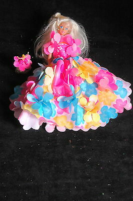 Blossom Beauty Magical Floral Dress Barbie, Small Gitter Barbie in Pocket, shoes