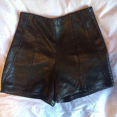 Vintage Soft Black Leather High Waisted Tailored Shorts Size Small
