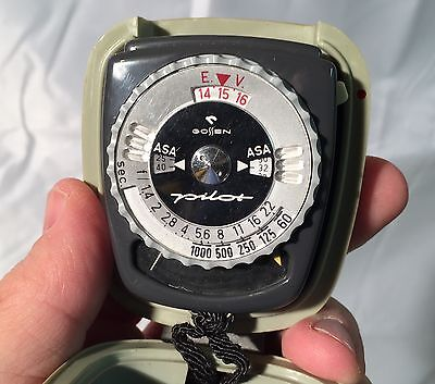 Gossen Pilot Light Meter w/case and strap Made in Germany Photography