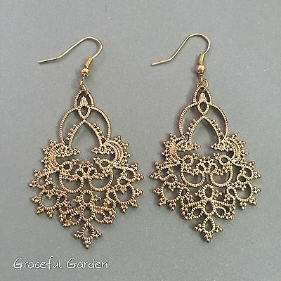 ER3099 Graceful Garden Vintage Style Antique Gold Tone Filigree Charm Earrings