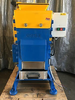 Lab Essa Jaw Crusher JC2500  FLSmidth Retails For $35K Very Low Hours