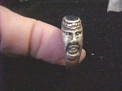 Vintage Ring Silver T Unisex Onyx Center Face Design on sides size 8