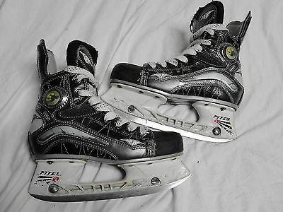 Mission Pure S300 Youth  Hockey Ice Skates Size 2.5 E Pitch 2