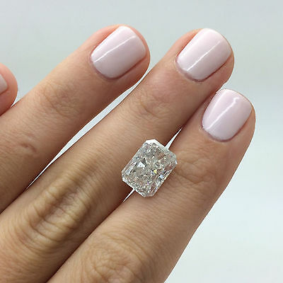 Radiant Shaped 5.04 Carat E Colour SI2 Enhanced Certified Loose Diamond For Ring