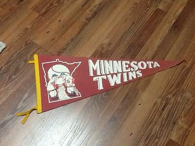 Vintage MN Twins Full Size Felt Pennant Great Estate Find!!!!