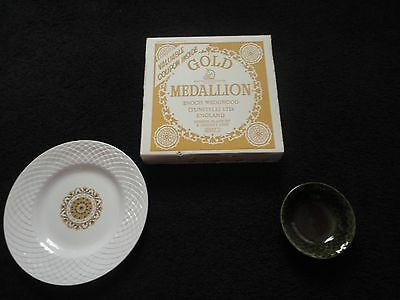 Vintage New In Box Gold Medallion Enochwedgwood Tuntall Bowl/Dish And Plate Set