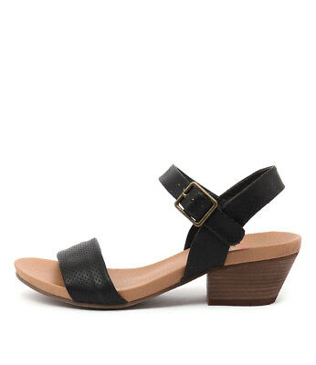 New I Love Billy Calla Black Womens Shoes Casual Sandals Heeled