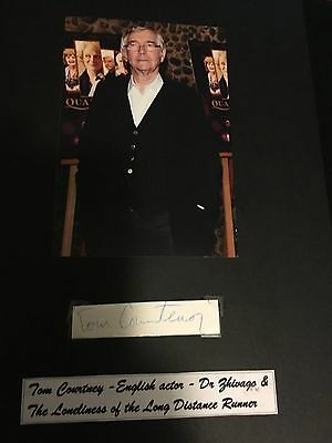 Tom Courtenay hand signed autograph of the famous British actor
